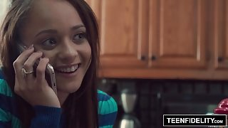 TEENFIDELITY – Holly Hendrix Trades Anal Sex To Get Pregnant