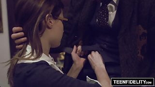 TEENFIDELITY – Schoolgirl Alaina Dawson Creampied By Teacher